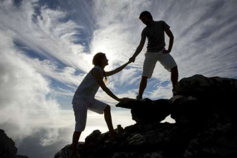 humility-helping-2