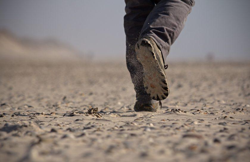 beach-path-sand-step-direction-mud-725099-pxhere.com