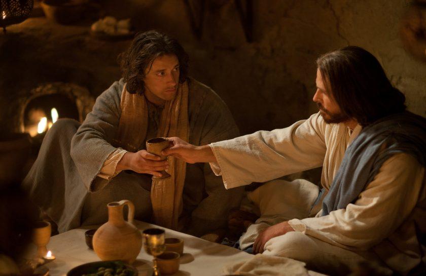 Jesus cenando