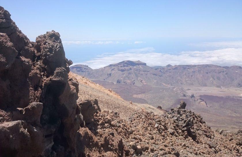 rsz_landscape-rock-wilderness-walking-mountain-hiking-545571-pxherecom